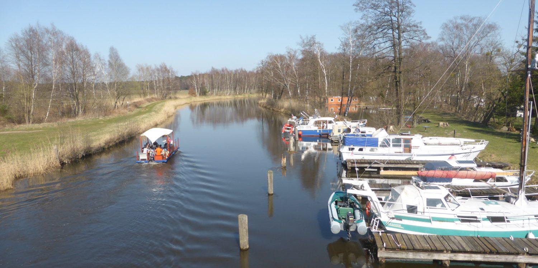 Bootsanleger an der Elde /Göhren